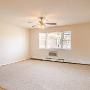 Green Grove Apartments For Rent in Keyport, NJ Living Room
