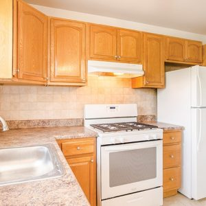 Green Grove Apartments For Rent in Keyport, NJ Kitchen